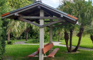 small_park_kanner_indian_grove.jpg